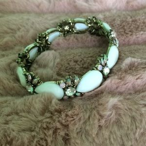 Bracelet with white stones and gems